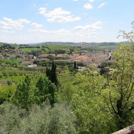 Messer Boccaccio : Il panorama dal giardino