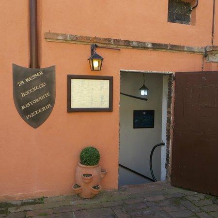 Messer Boccaccio : Un ingresso