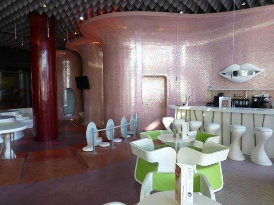 Barcelo Malaga: Bar area
