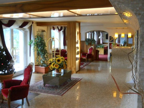 interno hotel Olympia
