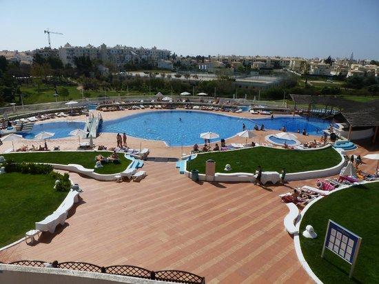 Hotel Paraíso de Albufeira: Piscina