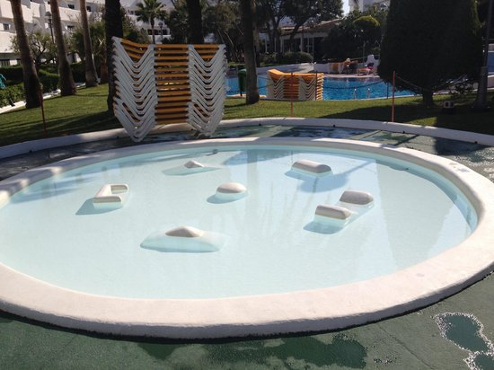 Aparthotel Ses Cases d'Or: Little baby swimming pool