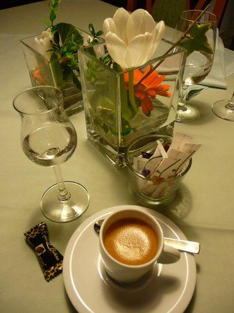 Landgasthof Rebstock: Gasthaus Rebstock Espresso und Zibärtle (Wildpflaume)