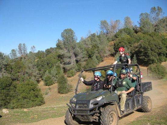 Yosemite Ziplines and Adventure Ranch : Transport between ziplines.