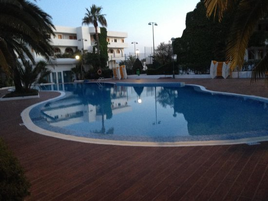 Aparthotel Ses Cases d'Or: One of the other swimming pools within the complex