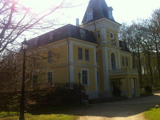 Borre, Δανία: Liselund Gl Slot