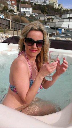 Riviera B&B: The Amazing Hot Tub!!!!