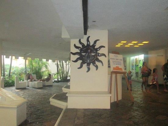 Hotel Fontan Ixtapa : lobby