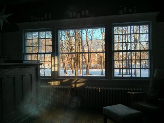 Au Clos Rolland, Couette & Cafe: View from common area