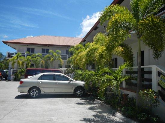 Bonito Beach Resort : Rooms and parking