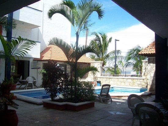 Progreso Beach Hotel: view from door of our room