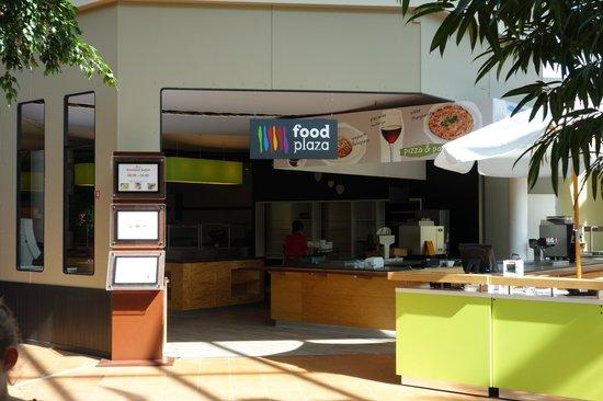 Sunparks De Haan Aan Zee: restaurant buffet