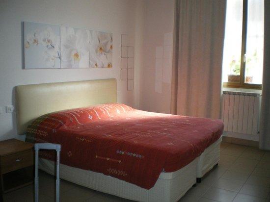 Marinetta Bed & Breakfast: Camera da letto