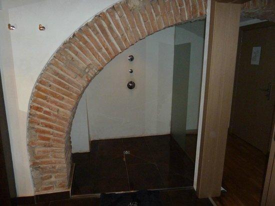 Adealba Hotel: Ducha
