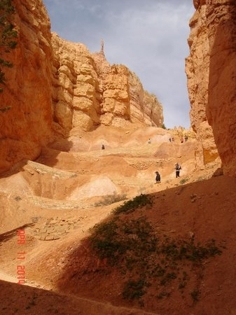 Bryce Canyon National Park: Looking back up
