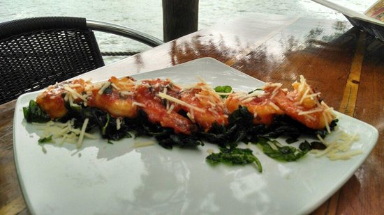 Cap's on the Water: Shrimp vilano