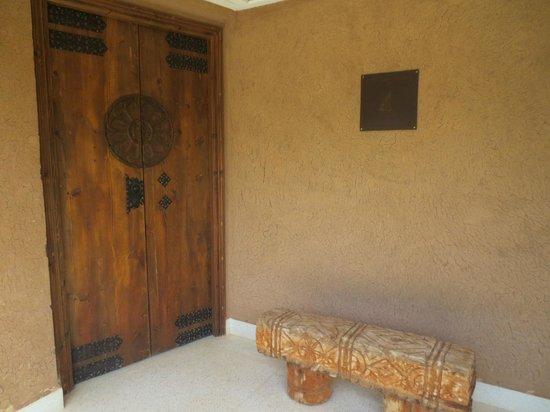 Hotel Les Cinq Djellabas : Entrance to suite....