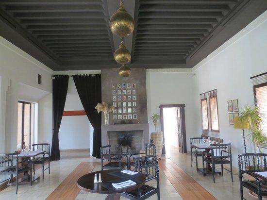 Hotel Les Cinq Djellabas : Dinning room.....