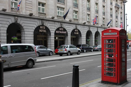 The Ritz London: Front of Hotel on Piccadilly