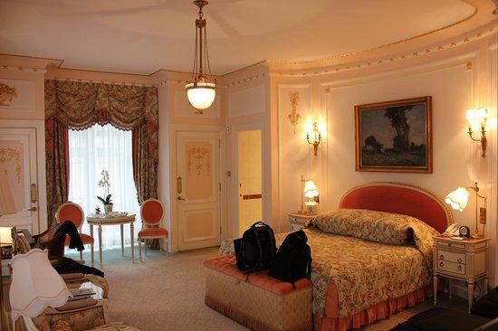 The Ritz London: Deluxe Room
