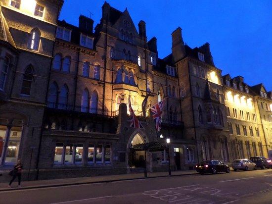 The Randolph Hotel: 6