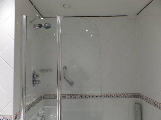 Shower - The Randolph Hotel: 2