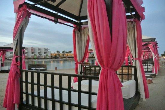 SUNRISE Grand Select Crystal Bay Resort : Cabana