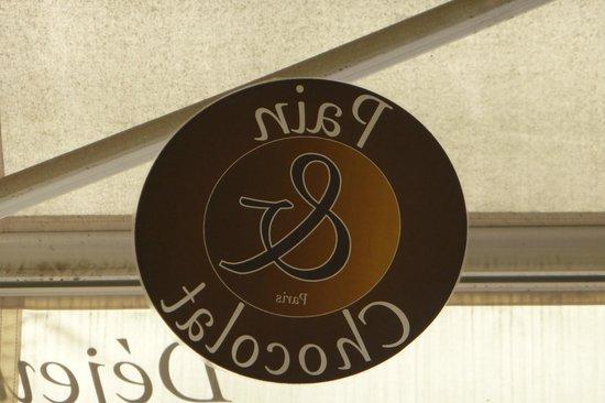 Pain et Chocolat: It is what it says!