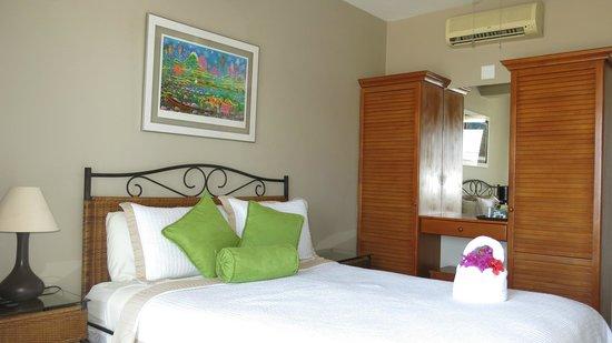 Hotel Chantel: Standard Queen Room