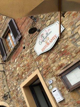 Osteria Il Campanellino: ingresso