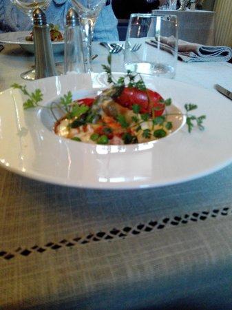 Hotel Chateau le Sallay: Nage d'écrevisse aux Eclats de légumes de primtemps