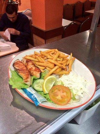 Poppins portswood: Fresh salmon steak grilled