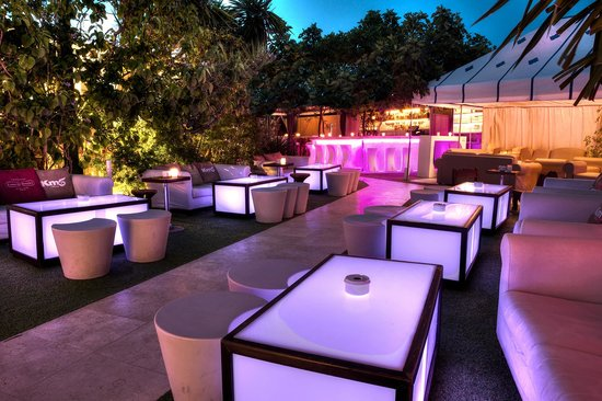 KM5 : Lounge Garden