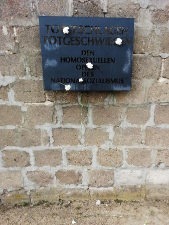 Original Berlin Walks: Plaque at Sachsenhausen concentration camp commemorating homosexual victims.