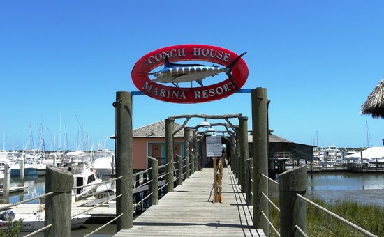 The Conch House Restaurant: Sign over Pier