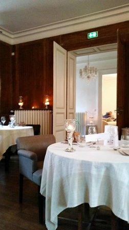 Hotel Chateau le Sallay : salle a manger