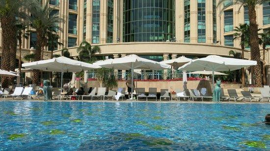 Queen of Sheba Eilat: Der Hilton-Pool - ein Ort, um sich zu erholen