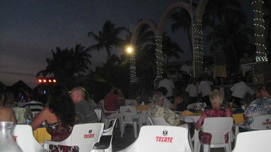 Occidental Nuevo Vallarta: Monday night on the beach