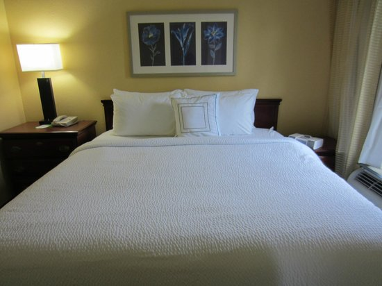 SpringHill Suites Little Rock West: King Bed