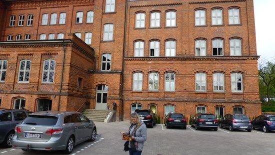 Hotel Volksschule: Fra parkeringen