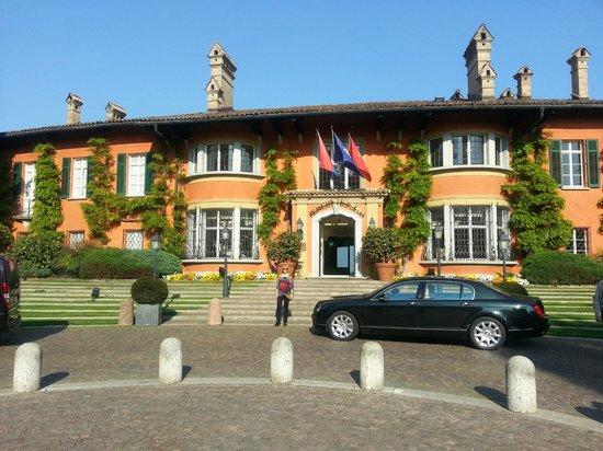 Villa Principe Leopoldo: Frente del hotel
