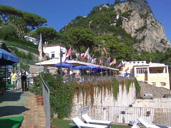 Hotel Weber Ambassador Capri : общий вид