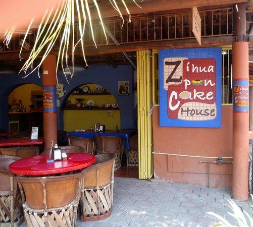 Zihua Pancake House: Nice Place!
