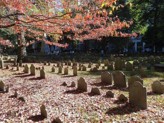Boston Citywalks: The tour takes you through this cemetery - a real highlight