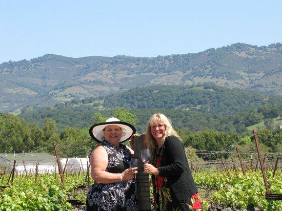 Napa Valley Wine Trolley: Cheers!