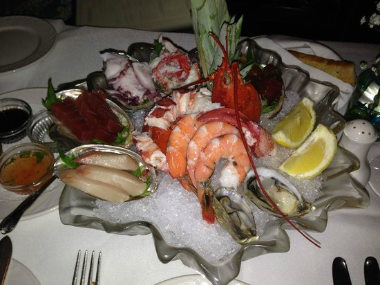 Michel's At the Colony Surf : cold seafood platter