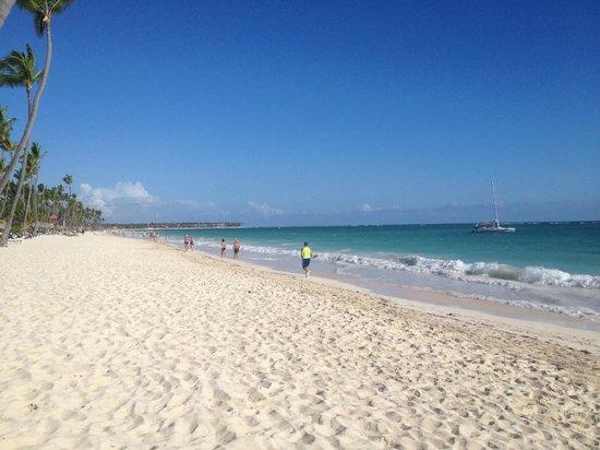 Grand Palladium Punta Cana Resort & Spa: Beach at Grand Palladium Punta Cana