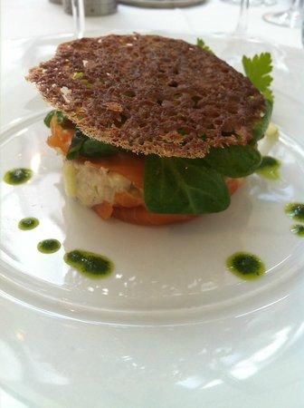 Les Embruns : entrée saumon et crabe
