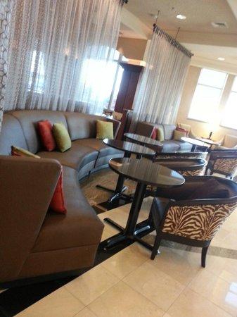 Drury Plaza Hotel Nashville Franklin: Lobby view