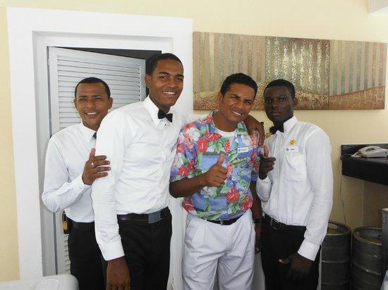 Luxury Bahia Principe Bouganville: Bar del jacuzy